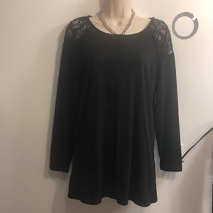 SPLASH - black long sleeve top